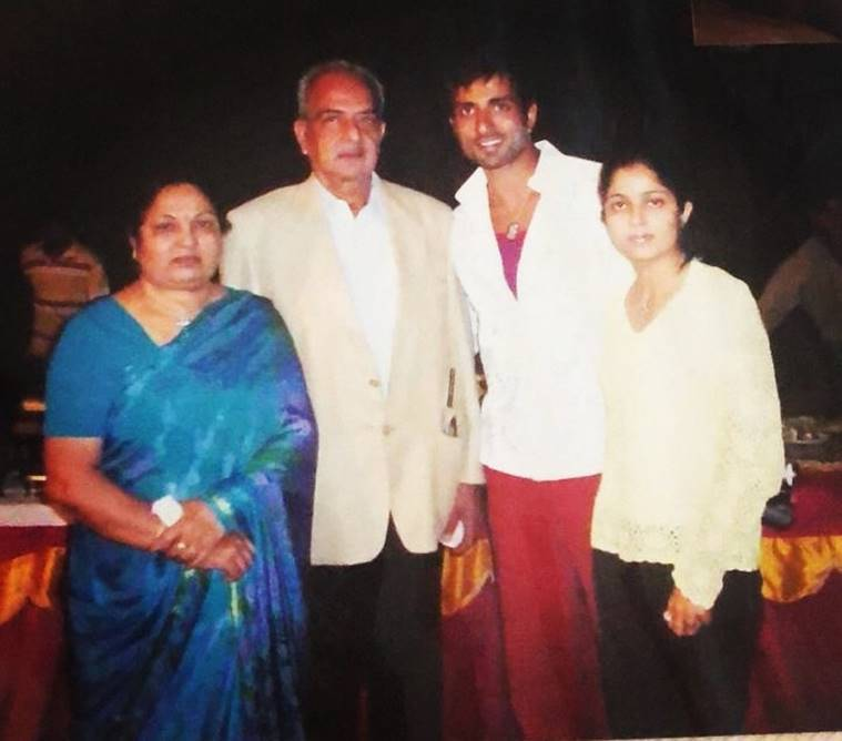 sonu sood with his parents